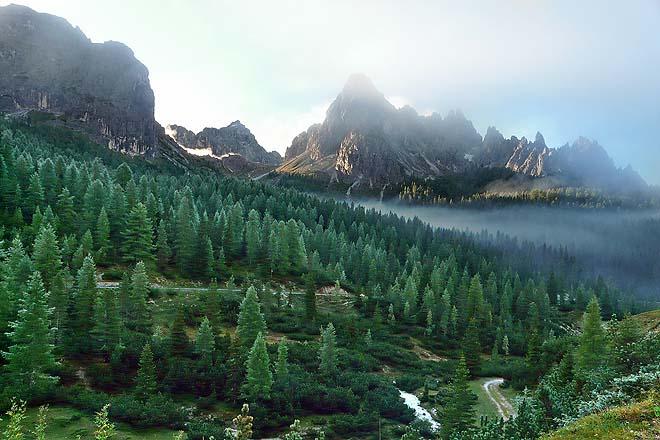 Dolomites, montée vers Tre Cime di Lavaredo