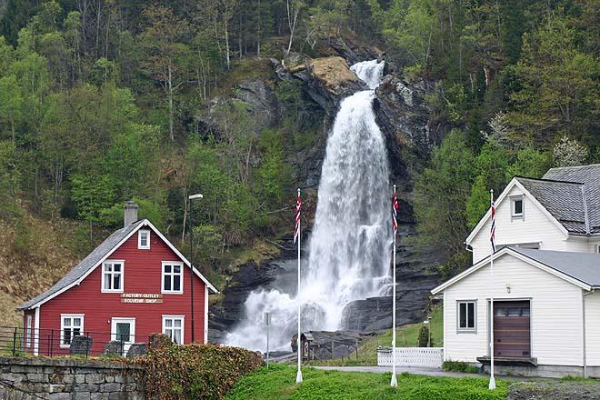 Norvege, Cascades