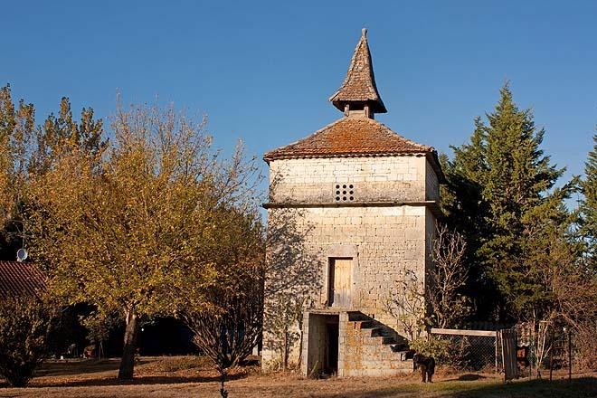 Montdoumerc,Pigeonnier de Doumenge