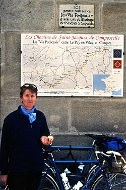 Le-Puy-en-Velay-Place-du-plot