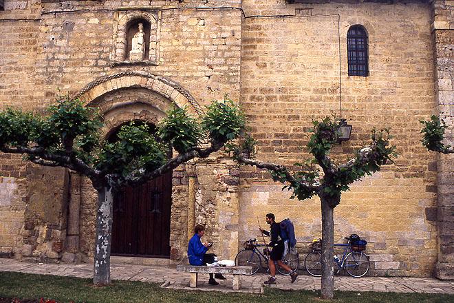 Carrion-de-los-Condes_Sta-Maria-del-Camino